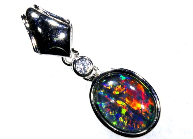 6.00CTS SILVER TRIPLET OPAL PENDANT OF-2060