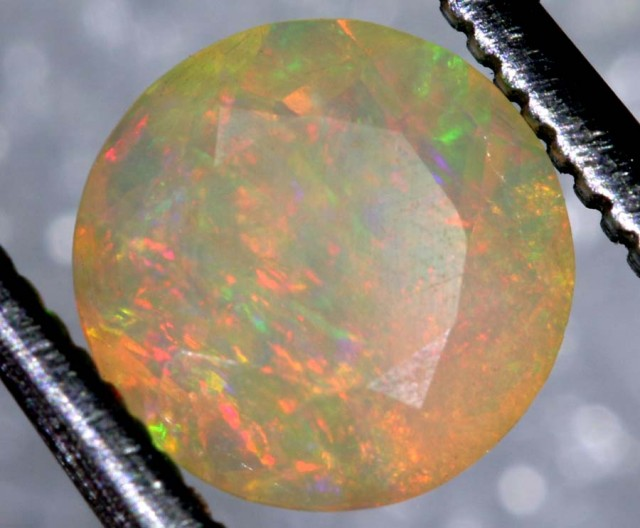 0.8CTS ETHIOPIAN WELO FACETED OPAL STONE FOB-1163