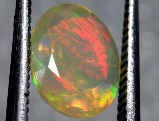 0.9CTS ETHIOPIAN WELO FACETED OPAL STONE FOB-1164