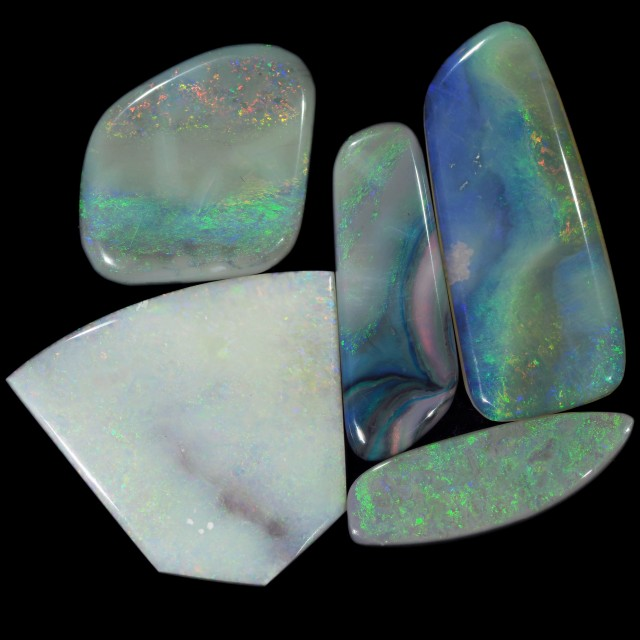 43.7 CTS MINTABIE SOLID OPAL PARCEL [SO9453]