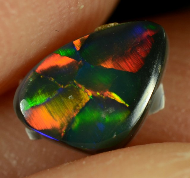 0.40 CTS BLACK OPAL - EXTREMELY BRIGHT MAGNIFICENT GEM - N1 - ID:1140