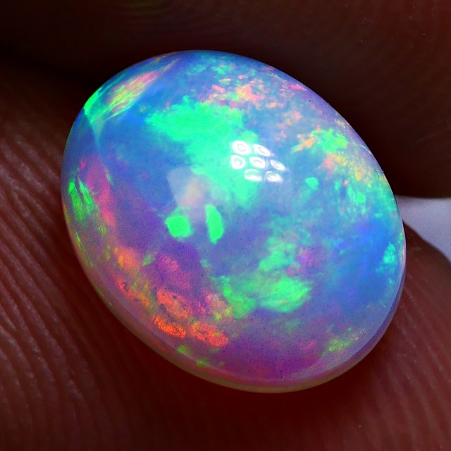 1.65CRT STUNING BRIGHT WELLO OPAL