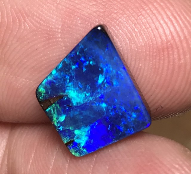 4.94cts Boulder Opal Stone AD338