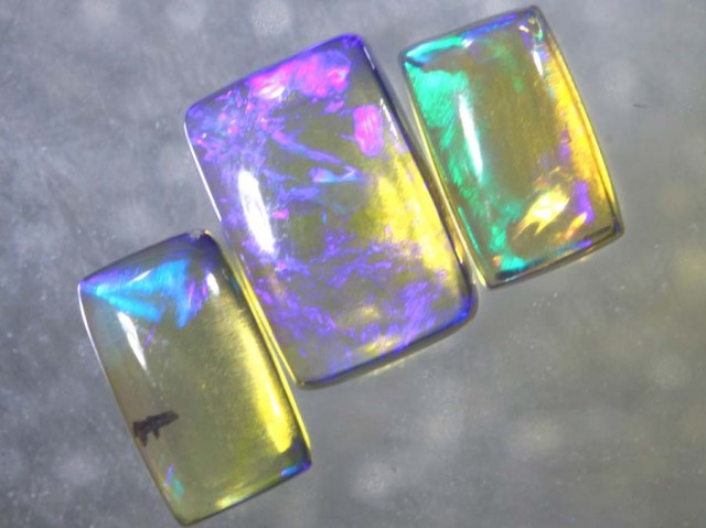 1.05CTS CRYSTAL OPAL POLISHED PARCEL 3PCS TBO-7657