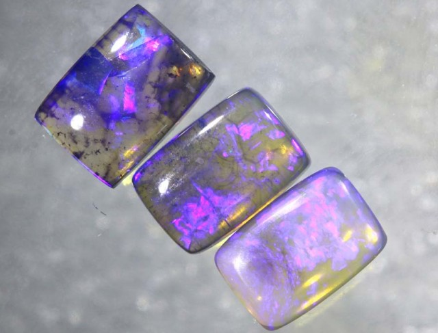 2.5CTS CRYSTAL OPAL POLISHED PARCEL 3PCS TBO-7704