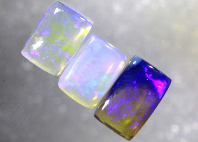 2.6CTS CRYSTAL OPAL POLISHED PARCEL 3PCS TBO-7705