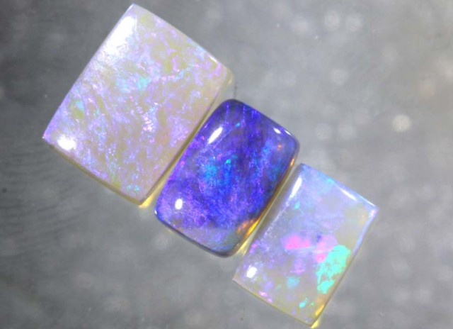 2.8CTS CRYSTAL OPAL POLISHED PARCEL 3PCS TBO-7706
