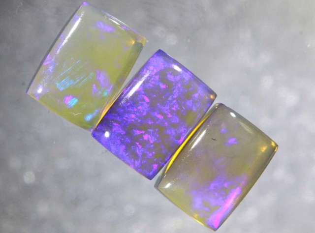 3.5CTS CRYSTAL OPAL POLISHED PARCEL 3PCS TBO-7711