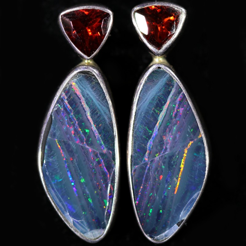 19.80 CTS OPAL DOUBLET WITH GARENT [SOJ6049]