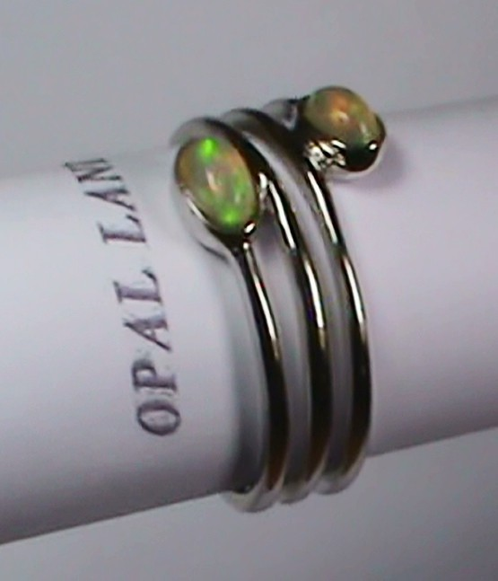 13.95 ct Stunning 925 Silver Bright Multi Color Welo Ring