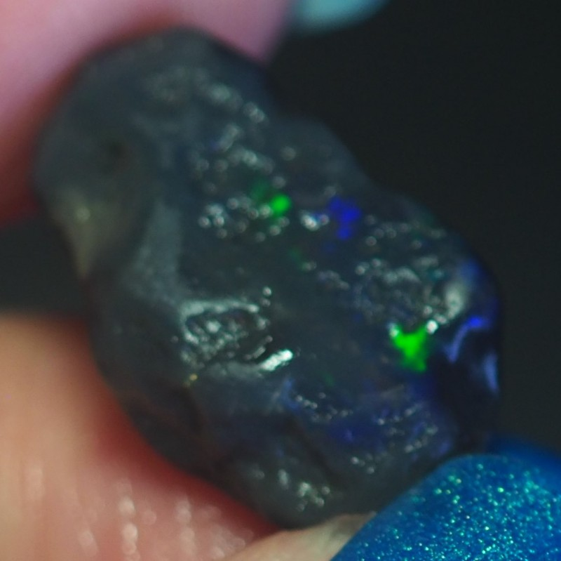 7.30CT VIEW ROUGH FOR CARVING BLACK OPAL GM333