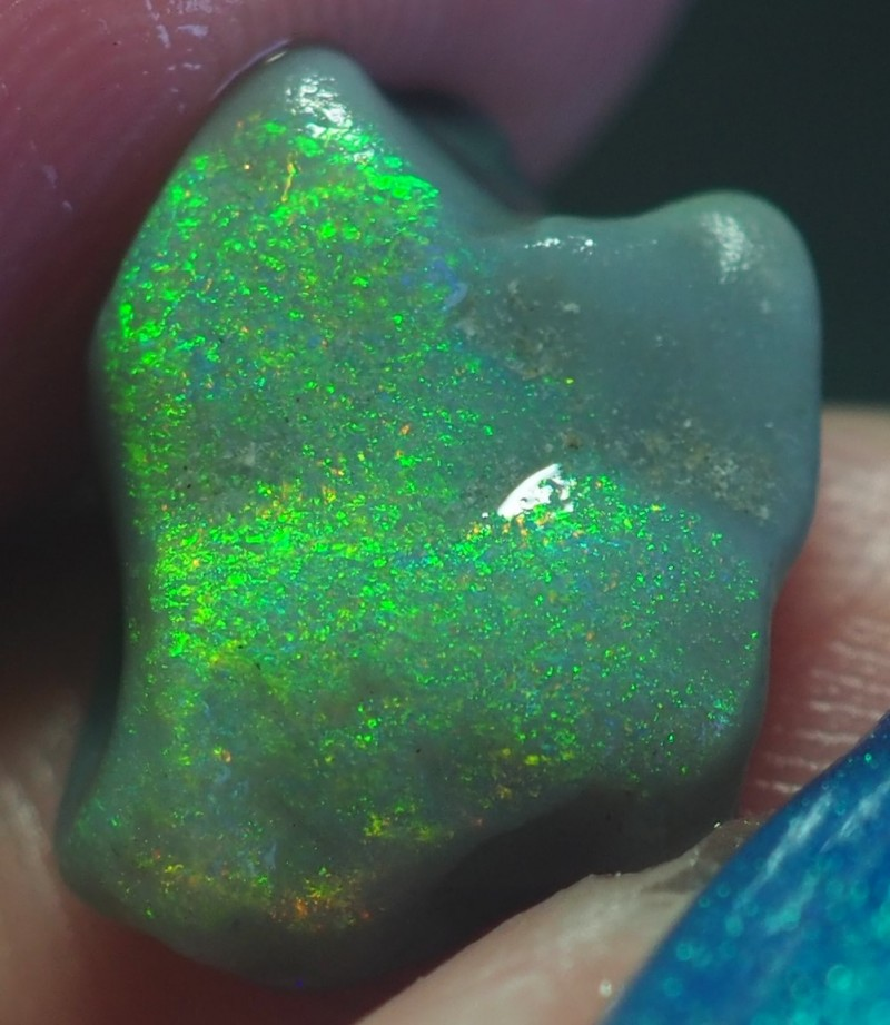 3.30CT VIEW ROUGH FOR CARVING BLACK OPAL GM337