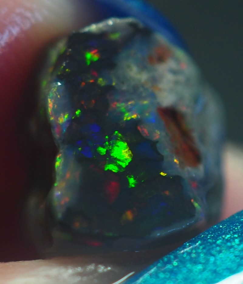 2.40CT VIEW ROUGH FOR CARVING BLACK OPAL GM339