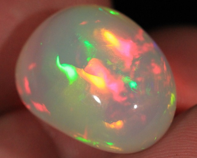 20.17CT~WELO OPAL CAB~BRILLIANT 5/5~LARGE PATCHWORK PATTERN