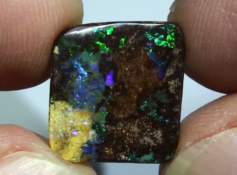 6.90 ct Boulder Opal With Natural Blue Green