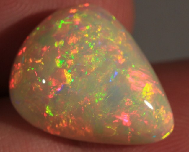 10.71CT~STUNNING WELO OPAL CAB~FLORAL PATTERN