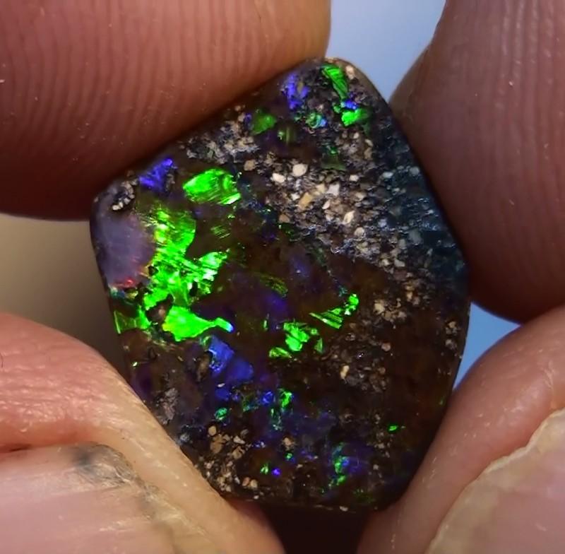 4.45 ct Boulder Opal Natural Gem Blue Green Color