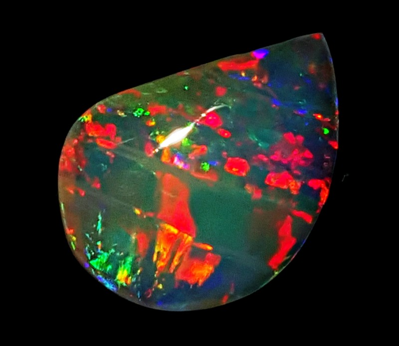 SOLID CRYSTAL OPAL FROM LIGHTNING-RIDGE  AUSTRALIA  This opal is reversible