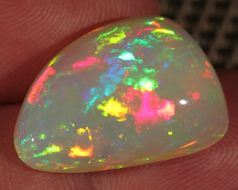 11.09CT~BRILLIANT 5/5 WELO OPAL CAB~BLOCKY PATTERN