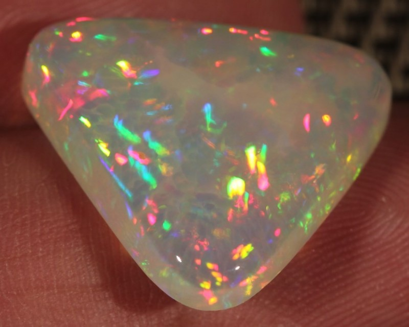 10.57CT~BRILLIANT 5/5 WELO OPAL CAB~RAINBOW PRISM