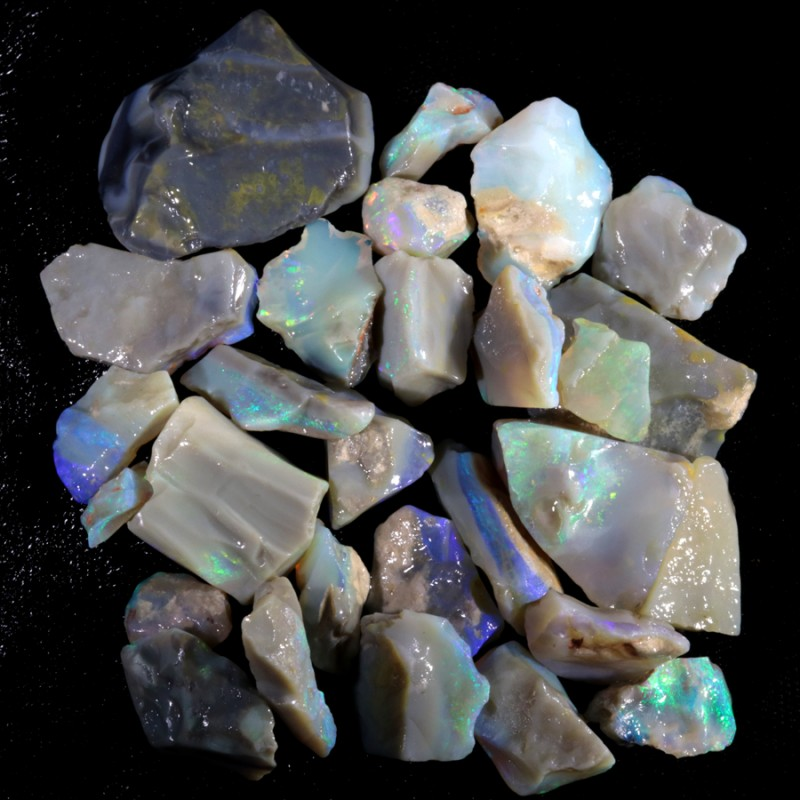 219.95 CTS GAMBLE  COLOURFUL ROUGH PARCEL FROM LIGHTNING RIDGE[BR6016]