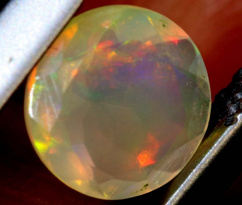 0.50 CTS ETHIOPIAN WELO FACETED OPAL STONE FOB-1249