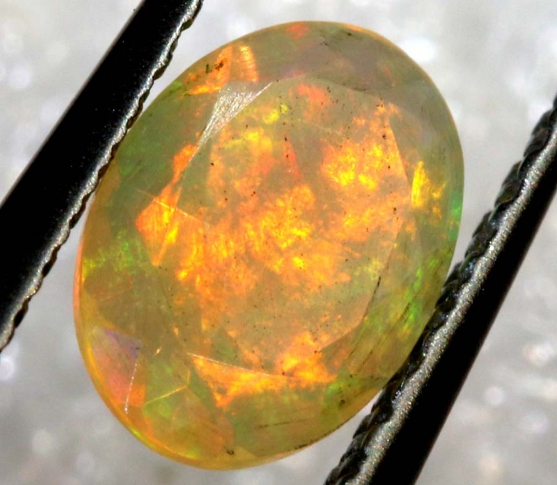 0.45 CTS ETHIOPIAN WELO FACETED OPAL STONE FOB-1265