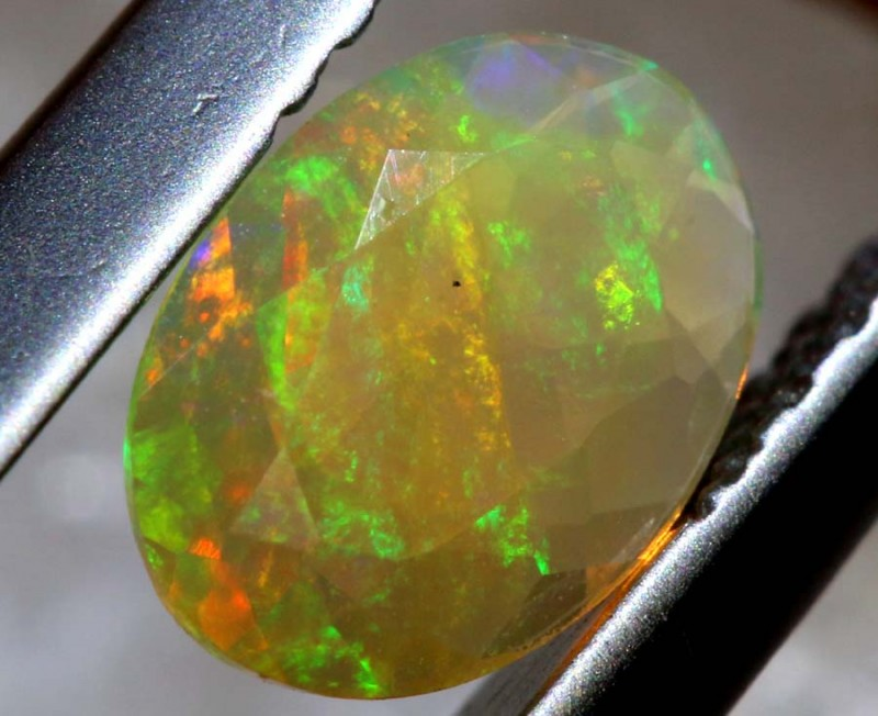 0.30 CTS ETHIOPIAN WELO FACETED OPAL STONE FOB-1269