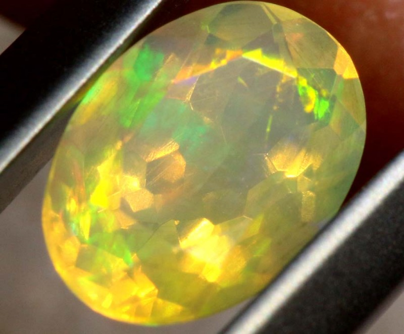 0.70 CTS ETHIOPIAN WELO FACETED OPAL STONE FOB-1274