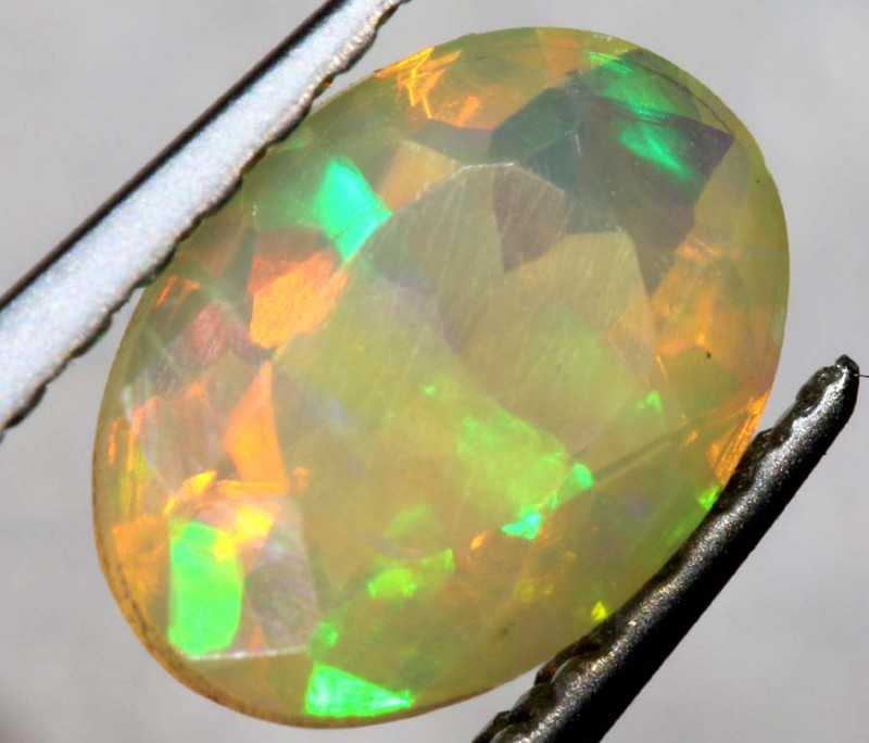 0.55 CTS ETHIOPIAN WELO FACETED OPAL STONE FOB-1301
