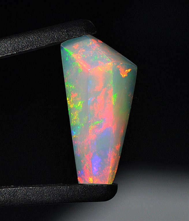 8.20ct ETHIOPIAN WELO GEM OPAL A SPECTACULAR STONE OF MEGA COLOR!