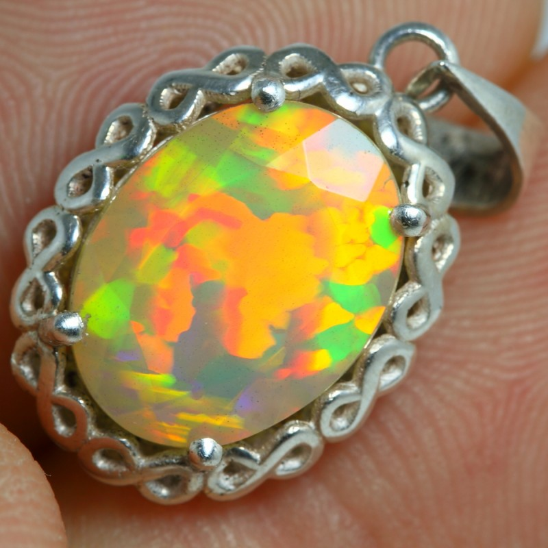 Mother's Day- 1.89grm HANDMADE 925 Solid Silver Facet Opal Pendant