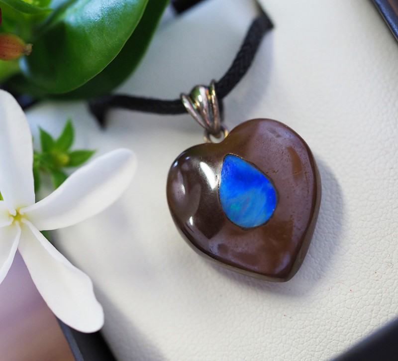 Lovers opal inlay Heart Pendant Su 11