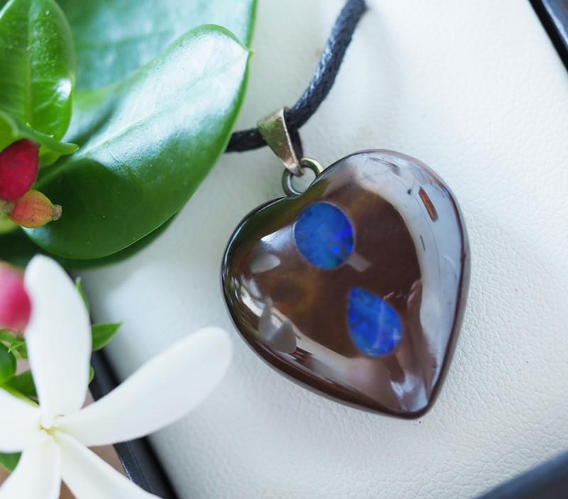 Lovers opal inlay Heart Pendant Su 12