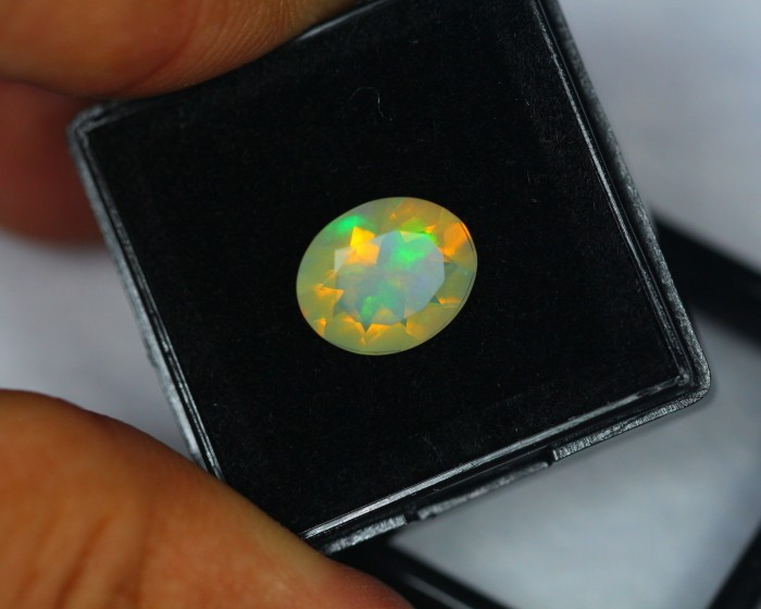 1.56Ct Natural Ethiopian Welo Opal Lot OG