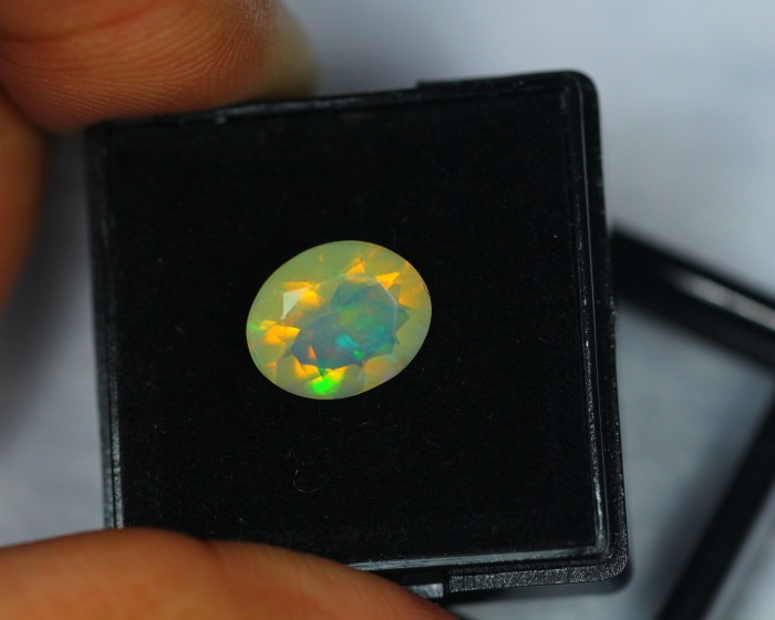 1.38Ct Natural Ethiopian Welo Opal Lot OG