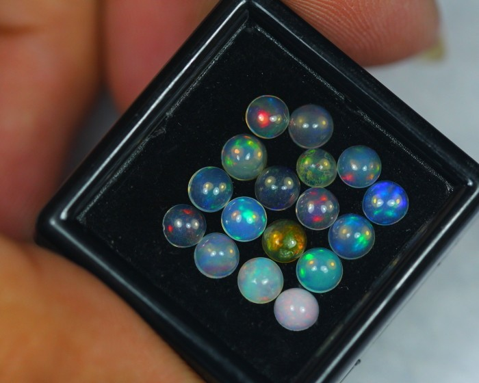 2.47Ct Natural Ethiopian Welo Opal Lot OG50