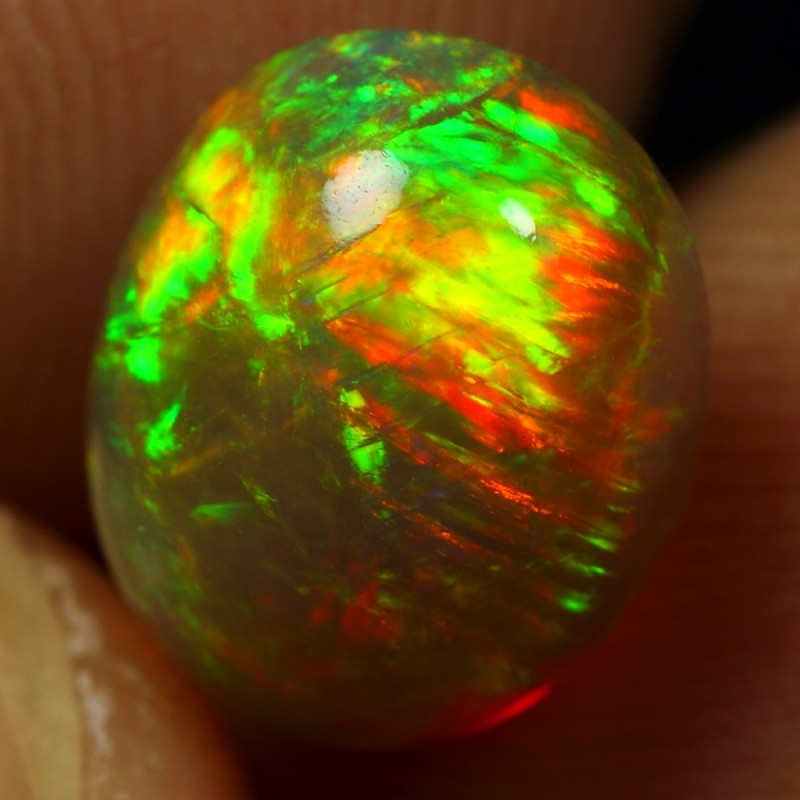 2.30cts STRIPE AND BROAD FIRE Natural Ethiopian Welo Opal