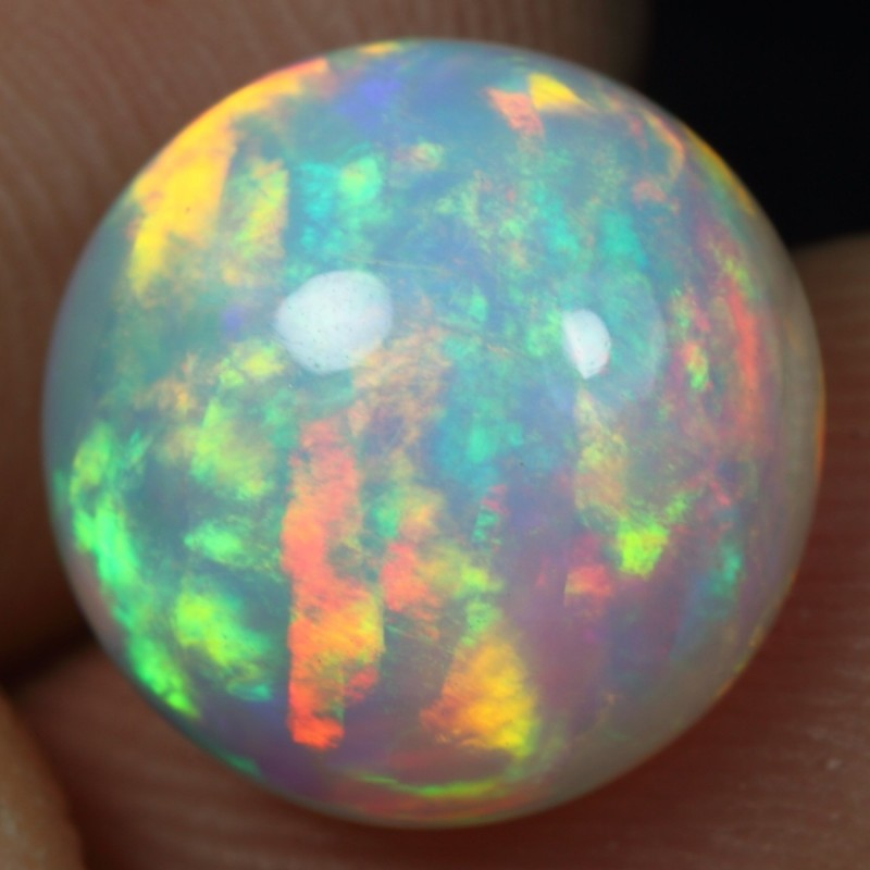 SEE VIDEO - 3.85cts TOP 5/5 BRUSH RAINBOW FIRE Natural Ethiopian Welo Opal