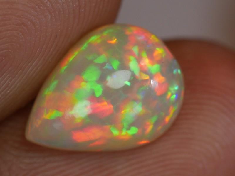 2.75 CT Stunning Rainbow Prism Welo Opal