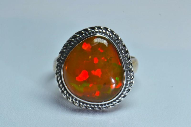 Sz 11 Large  Ethiopian Opal .925 Silver  Quality Crafmanship Jew