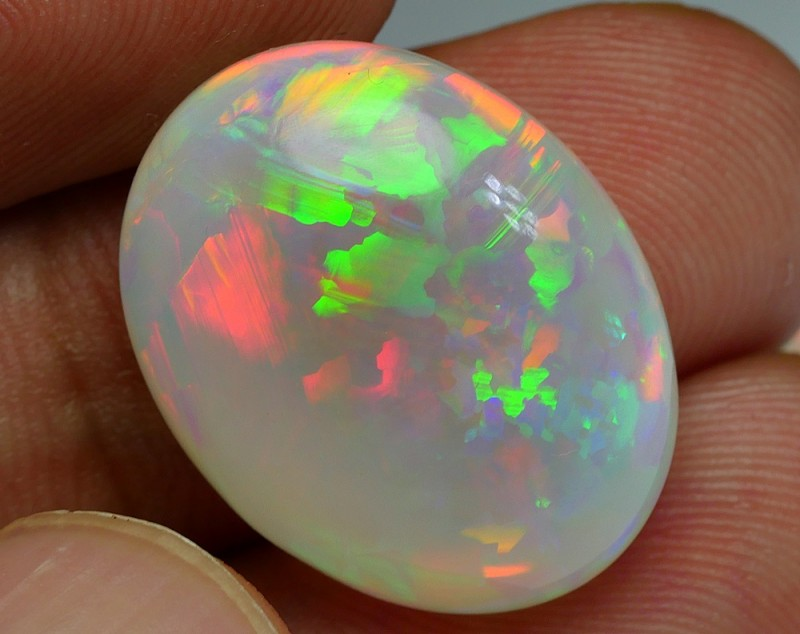 13.00 CRT CRYSTAL PATCHWORK PUZZLE PATTERN WELO OPAL
