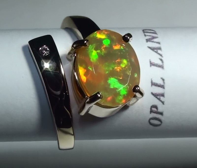 20.65 ct Stunning 10k Solid Yellow Gold Gem Welo Facet Ring