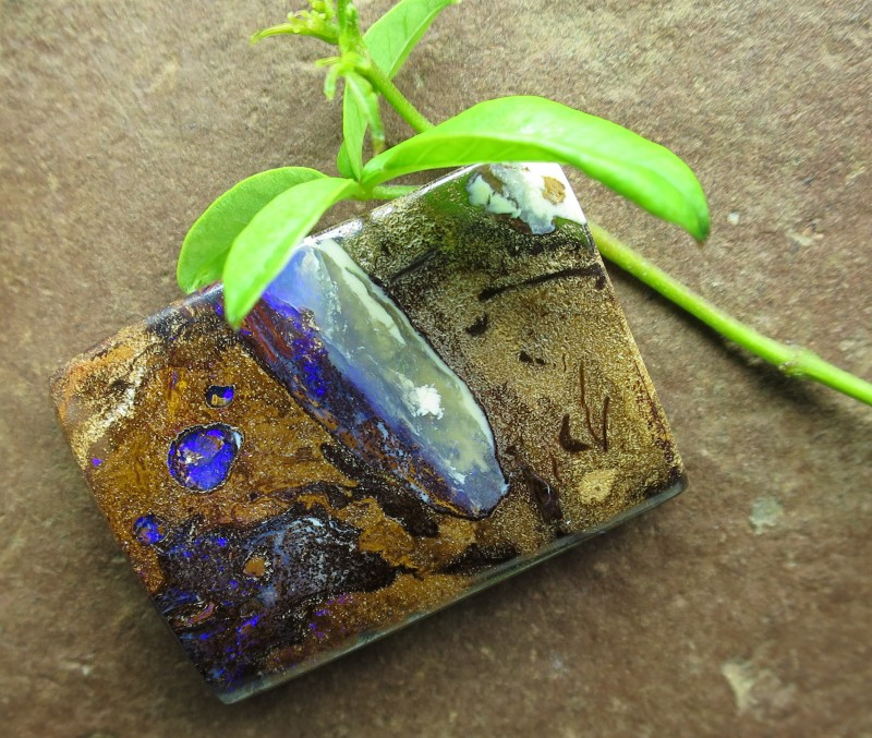 """58cts.""""PIPE OPAL~FROM OUR YOWAH MINES"""""""