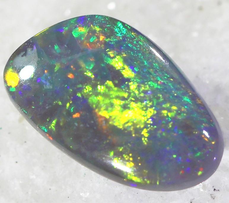 1.00Cts Black Opal N4  SU 471