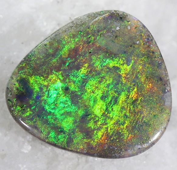 1.50Cts Black Opal N4  SU 473