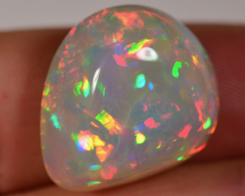 LASERSHOW 21.5 CT WELO OPAL CABACHON