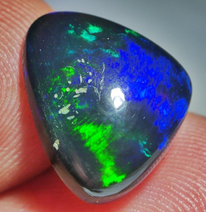 5.80 CRT RARE BLUE RIBBON FIRE WELO OPAL