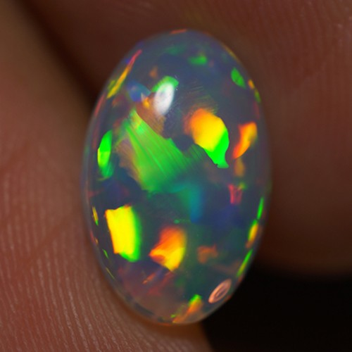 2.16 CT EXQUISITE QUALITY BEAUTIFUL FLASHY MULTI COLOR ETHIOPIAN OPAL-AD64