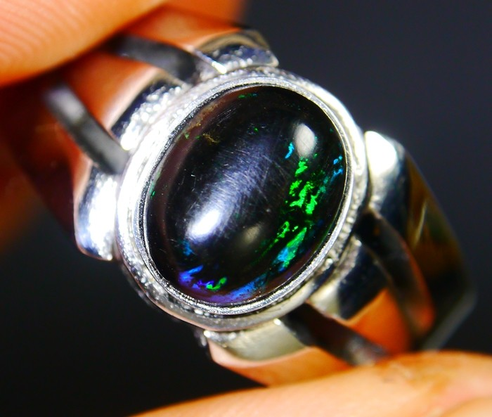 28.30 CT Indonesian Wood Fossil Opal With Unique Ring